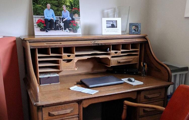 Musselmans-Desk-header