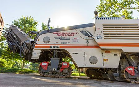 Asphalt Maintenance Machine